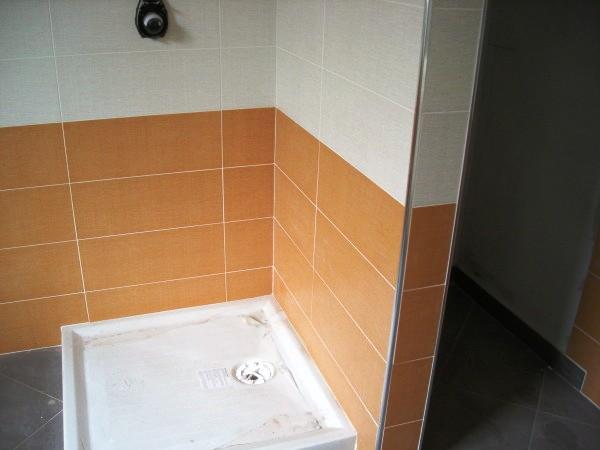 Casa immobiliare accessori piastrelle 30x60 posa - Accessori per posa piastrelle ...